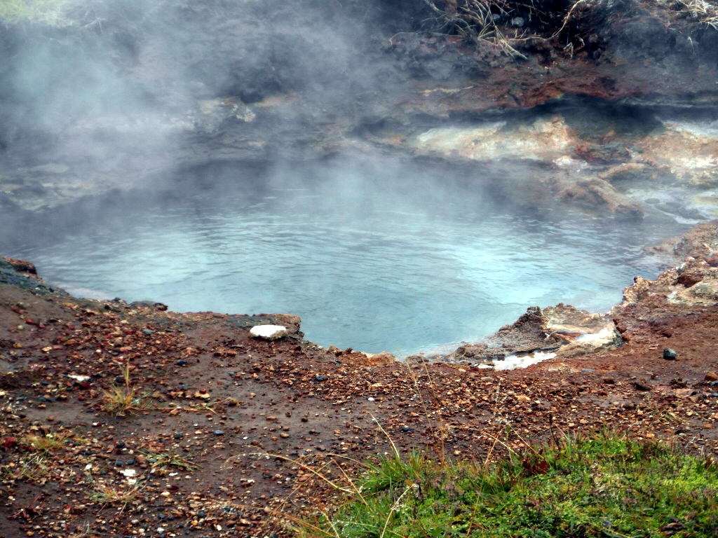 Natural Jacuzzi Iceland.The Natural Water Attractions Of Iceland Dystopic